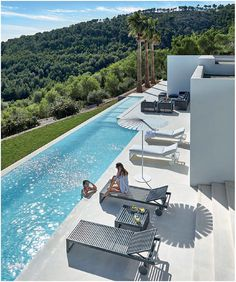 Swimming pool and dNA sunbed