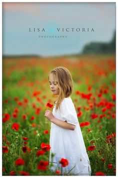 Wedding Dresses With Flowers, Flower Girl Dresses, Children Photography, Portrait Photography, Grandparent Photo, Red Poppies, Family Photographer, Wild Flowers, White Dress