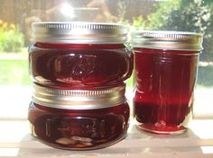 Cherry Jelly from Food.com:   								Sweet or sour cherries can be used. I used sour because that is what grows on our tree. Got this off the internet and altered it somewhat. No need to pit all those cherries. This one is easy! Time to make does not include time for water to boil in water bath canner.