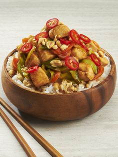 rice bowl series: spicy chicken food stylist: Michael Elliot @judyinc Rice Bowls, Ratatouille, Serving Bowls, Spicy, Chicken Recipes, Tableware, Ethnic Recipes, Food, Dinnerware