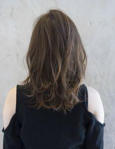 小顔カット!流し前髪のひし形ミディ(se225) | ヘアカタログ・髪型・ヘアスタイル|AFLOAT(アフロート)表参道・銀座・名古屋の美容室・美容院