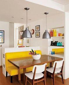 Pequena sala de jantar. http://www.decorfacil.com/salas-de-jantar-pequenas/
