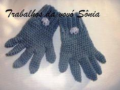 Trabalhos da vovó Sônia: Luvas infantis cinza - crochê