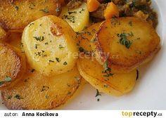 Brambory z papiňáku recept - TopRecepty.cz Pressure Cooker Recipes, Vegetable Recipes, Hummus, Baked Potato, Mashed Potatoes, Shrimp, Treats, Chicken, Vegetables