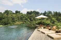 Jaw-Dropping Ubud Hanging Gardens in Bali