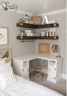 Simple and Crazy Tips: Floating Shelves Decoration Small Spaces floating shelves decoration woods.Floating Shelves Books floating shelves fireplace the wall. Diy Corner Desk, Shelves, Home Decor Bedroom, Small Room Design, Small Bedroom Storage, Bedroom Storage, Bedroom Diy, Home Decor, Bedroom Desk