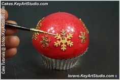 christmas ornaments cupcakes tutorial by keyartstudio ckaes 25 Tutorial: Christmas Ornaments Cupcakes