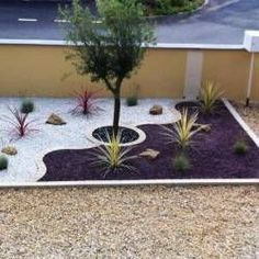 Jardin Méditerranéen de 10 - Diy Tutorial and Ideas Diy Garden, Front Yard Landscaping Design, Lawn And Garden, Garden Decor, Backyard Garden, Backyard Garden Design, Modern Garden, Rock Garden Landscaping, Mediterranean Garden