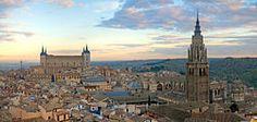 Toledo at sunrise — The Alcázar on the left and Cathedral on the right dominate the skyline. One of the few places in Spain I've always badly wanted to visit...