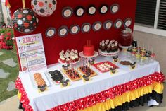 DIY Mickey and Minnie Mouse Party