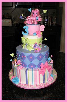 my little pony cake for my Londyn. When I show her this, her idea of having a castle cake will go away Pretty Cakes, Cute Cakes, Beautiful Cakes, Amazing Cakes, My Little Pony Cake, My Little Pony Birthday Party, Pony Party, Crazy Cakes, Fancy Cakes