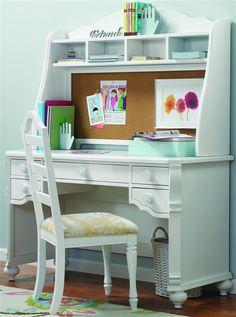 cute desk!