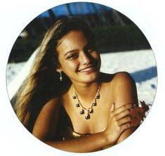 Cheyenne Brando Model - Ava, Gene, Audrey et Les Autres Cheyenne Brando, Eddie Rabbitt, Polynesian Girls, Tahiti Nui, Celebrities Who Died, Classic Movie Stars, Die Young, Marlon Brando, Island Girl