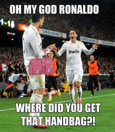 This wins everything! via 25 hilarious soccer slashermoonlight - Funny Sports - - & More The post This wins everything! via 25 hilarious soccer slashermoonlight appeared first on Gag Dad. Funny Football Memes, Soccer Jokes, Funny Sports Memes, Funny Sports Videos, Soccer Stuff, Soccer Fans, Soccer Cleats, Funny Videos, Stupid Funny