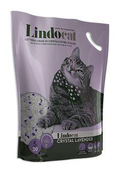 Lindocat Crystal Lavender è una lettiera igienica composta da pregiati cristalli di gel di silice, un materiale anallergico ed innocuo per il gatto, dalle eccezionali performance assorbenti di liquidi e odori. Lindocat Crystal Lavender essicca le deiezioni solide, facilitandone la rimozione, mentre i cristalli imprigionano rapidamente e trattengono l'urina, bloccando la proliferazione dei batteri e i cattivi odori, rilasciando un piacevole profumo di Lavanda.