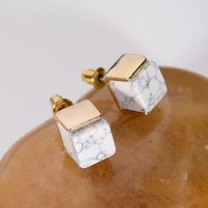 MISS FASHION New Personalised Hotselling Gold Plated Geometric White Marbled Faux Stone Stud Earrings For Women Accessories