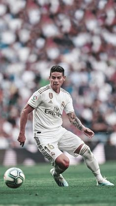 Football Squads, Football Fans, James Rodriguez, Messi, Web Sport, Real Madrid Wallpapers, Equipe Real Madrid, Real Madrid Players, Football Wallpaper