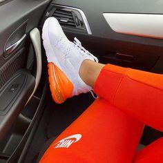 Nike Air Max 90 Wesentliche Laufschuhe Bronze Schwarz
