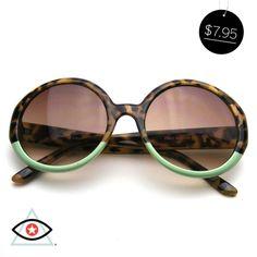 Famous Designer Oversize Round Jackie O Womens Two Tone Sunglasses Circle Sunglasses, Round Sunglasses, Classic Style, Eyewear, Famous Designer, Vintage Fashion, Style Inspiration, Women, Workshop