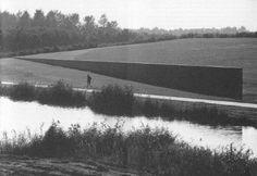 Richard Serra (US, 1939-), Sea Level, located in Landschapspark De Wetering, Zeewolde, 1996.