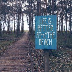 Life is better at the beach #handmade #deco.  Si haces click encima de la imagen verás todas las combinaciones de colores y diseños que tenemos disponibles.