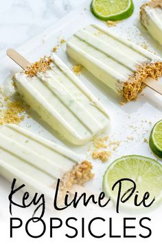 Naturally-Sweetened Key Lime Pie Popsicles Key lime pie popsicles with Greek yogurt, honey, and a small graham cracker crust make a luscious and healthy summer treat, perfect for kids of all ages! Healthy Treats, Healthy Desserts, Dessert Recipes, Dinner Recipes, Lemon Desserts, Frozen Desserts, Frozen Treats, Homemade Popsicles, Frozen Yogurt Popsicles