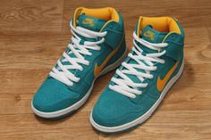 Nike SB Dunk High Pro Tropical Teal / University Gold
