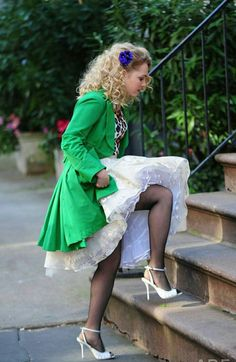 Love her stockings and heels under her lovely petticoat. Fishnet Tights, In Pantyhose, Nylons, Rockabilly Style, Rockabilly Cars, Mom Dress, Baby Dress, Very Pretty Girl, Stockings And Suspenders