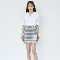 c109671bc72 ROMANTIC MUSEFrilled Collar Button-Up Blouse