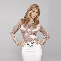 Elegant Satin Blouse - in Champagne Crossdressing Clothing Sexy Blouse, Blouse And Skirt, Satin Bluse, Elegantes Outfit, Beautiful Blouses, Satin Dresses, Silk Satin, Sexy Outfits, Nylons