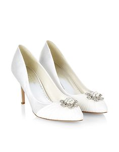 e47a1d45c91c 58 Best Beautiful Bridal Shoes images
