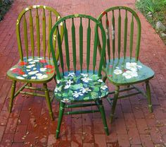 hand painted chairs.... from simple to simply outrageous