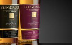 Etiquetas que mezclan relieve y acabados dorados para una presencia más elegante #Etiquetas #Packaging #Labels