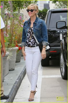 Reese Witherspoon's Skin Looks Amazing Even Before Her Dermatologist Appointment!: Photo Reese Witherspoon sports a trendy denim jacket while arriving at Lancerx Dermatology on Saturday (July in Beverly Hills, Calif. White Jeans Outfit, Denim Outfit, Reese Witherspoon Style, Resse Witherspoon, Denim Fashion, Fashion Outfits, Womens Fashion, Jean Outfits, Casual Outfits