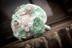 Brautstrauß *beige-mint* von MY bouquet auf DaWanda.com