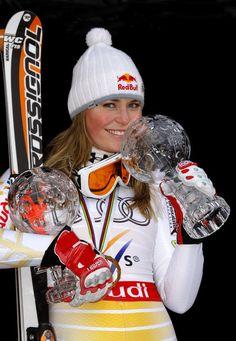 Lindsey Vonn Ice Skiing, Alpine Skiing, Lindsey Vonn, Mikaela Shiffrin, Ski Accessories, Michael Phelps, Sports Figures, Sports Stars, Beach Girls