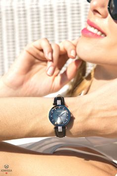 Looking for a women's watch in black? These Swiss ladies watches by Jowissa create an elegant, stunning look. Army Watches, Ladies Watches, Gents Watches, Casual Watches, Watches For Men, Black Watches, Swiss Made Watches, Great Gifts For Men, Beautiful Watches