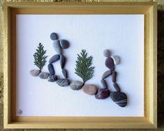Wooden Shadow Box, Shadow Box Frames, Pebble Pictures, Stone Pictures, Stone Crafts, Rock Crafts, Beach Rock Art, Art Pierre, Sea Glass Crafts