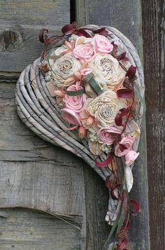 Old, but gold Enchanted Fairies, The Power Of Love, Key To My Heart, Gypsy Style, Flower Making, Shabby Chic, Marion, Floral Wreaths, Pretty