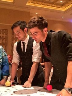 Matt Cohen and Osric Chau at Vegascon2014 (I was totally there and talked to them both- they are even prettier and more awesome in person)