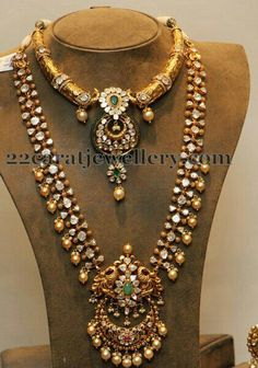 Traditionsl cum trendy polki set....wgich can be wore in any occasions.