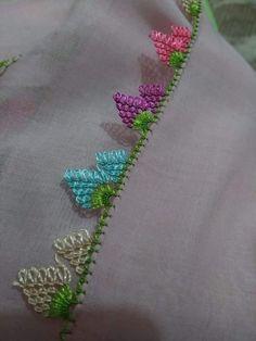 Keşke  bende  yapabilsem Embroidery Neck Designs, Hand Embroidery, Baby Knitting Patterns, Tatting, Needle Lace, Bargello, Knitted Shawls, Knitting Socks, Needlework