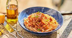 Tonhalas-paradicsomos tészta | Street Kitchen Japchae, Pasta Recipes, Spaghetti, Food And Drink, Lunch, Eat, Cooking, Ethnic Recipes, Kitchen