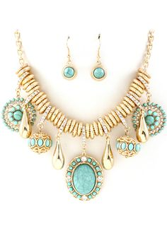 Turquoise Capri Necklace Set on Emma Stine Limited - this set is amazing. Gorgeous in every way possible!!
