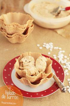 El helado de turrón es un delicioso postre de Navidad. Sigue nuestra receta paso a paso y prepara un rico helado de turrón, ¡nada mejor que un helado casero!