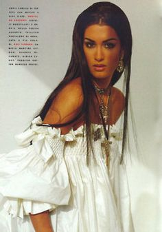 Vogue Italia Yasmeen Ghauri by Walter Chin 90s Fashion, Fashion Models, Fashion Beauty, Fashion Show, Vintage Fashion, Style Année 90, Original Supermodels, Real Model, 90s Models