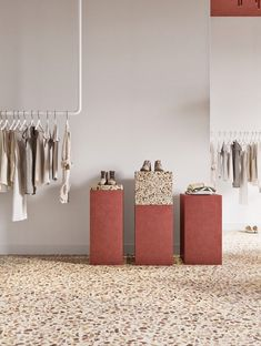 The interior is built on the combination of contrasting colors, textures and geometry. The showroom space of 80 square meters is conditionally. Retail Interior Design, Showroom Design, Retail Store Design, Boutique Interior, Interior Shop, Design Shop, Bar Design, Design Studio, Design Case