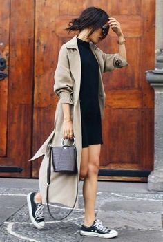 Black dress, trench coat, and sneakers Street style, street fashion Fashion Mode, Tomboy Fashion, Urban Fashion, Streetwear Fashion, Fashion Outfits, Womens Fashion, Fashion Trends, Street Fashion, Fashion Bloggers