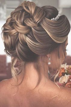 timeless bridal hairstyles elegant high updo textured with loose curls pritodavaidosa High Updo Wedding, Loose Wedding Hair, Diy Wedding Hair, Wedding Hair And Makeup, Wedding Ideas, Wedding Bride, Bridal Hair Updo With Veil, Bride Hairstyles With Veil, Elegant Hairstyles