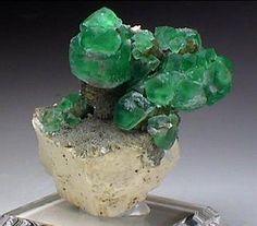 Fluorite - $90.00 Erongo Mountains Namibia 4.4 x 3 x 2.5 cm